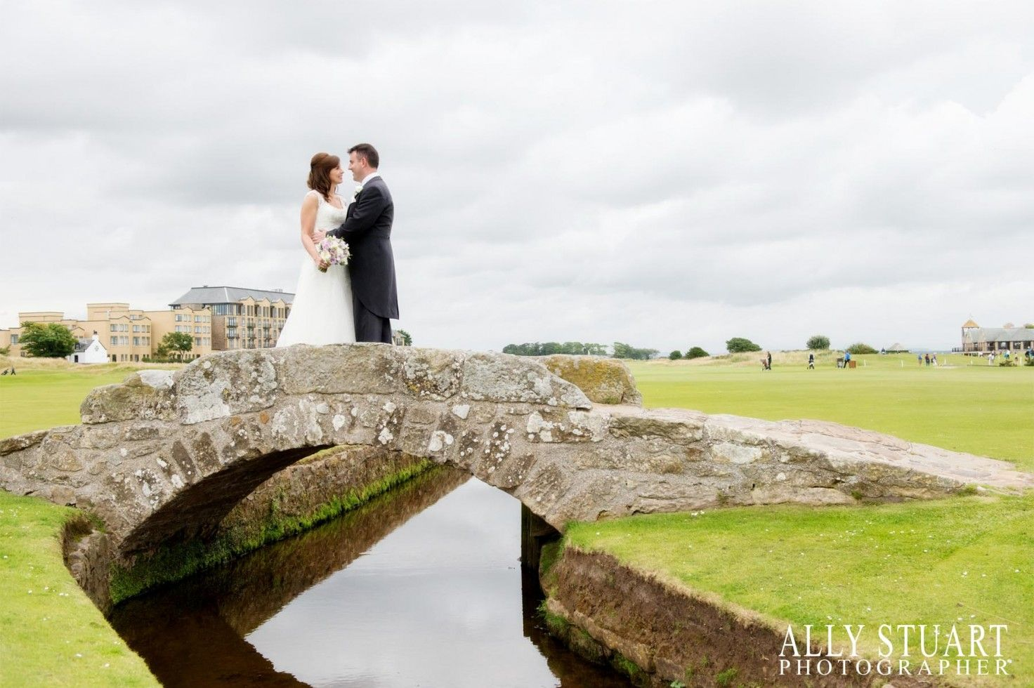 Ally Stuart Wedding Photography Professional Photographers Dundee Angus Inverness Aberdeen Perthshire St Andrews Fife