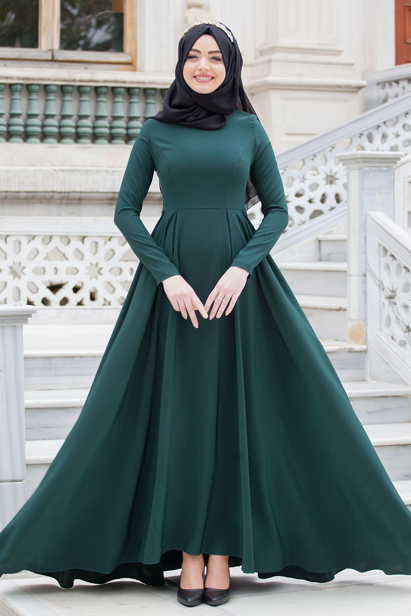 Sedanur Collection Zumrut Yesil Elbise Http Www Sedanur Com Sedanur Collection Zumrut Yesil Elbise 2 Elbise Modelleri Elbise Giyim
