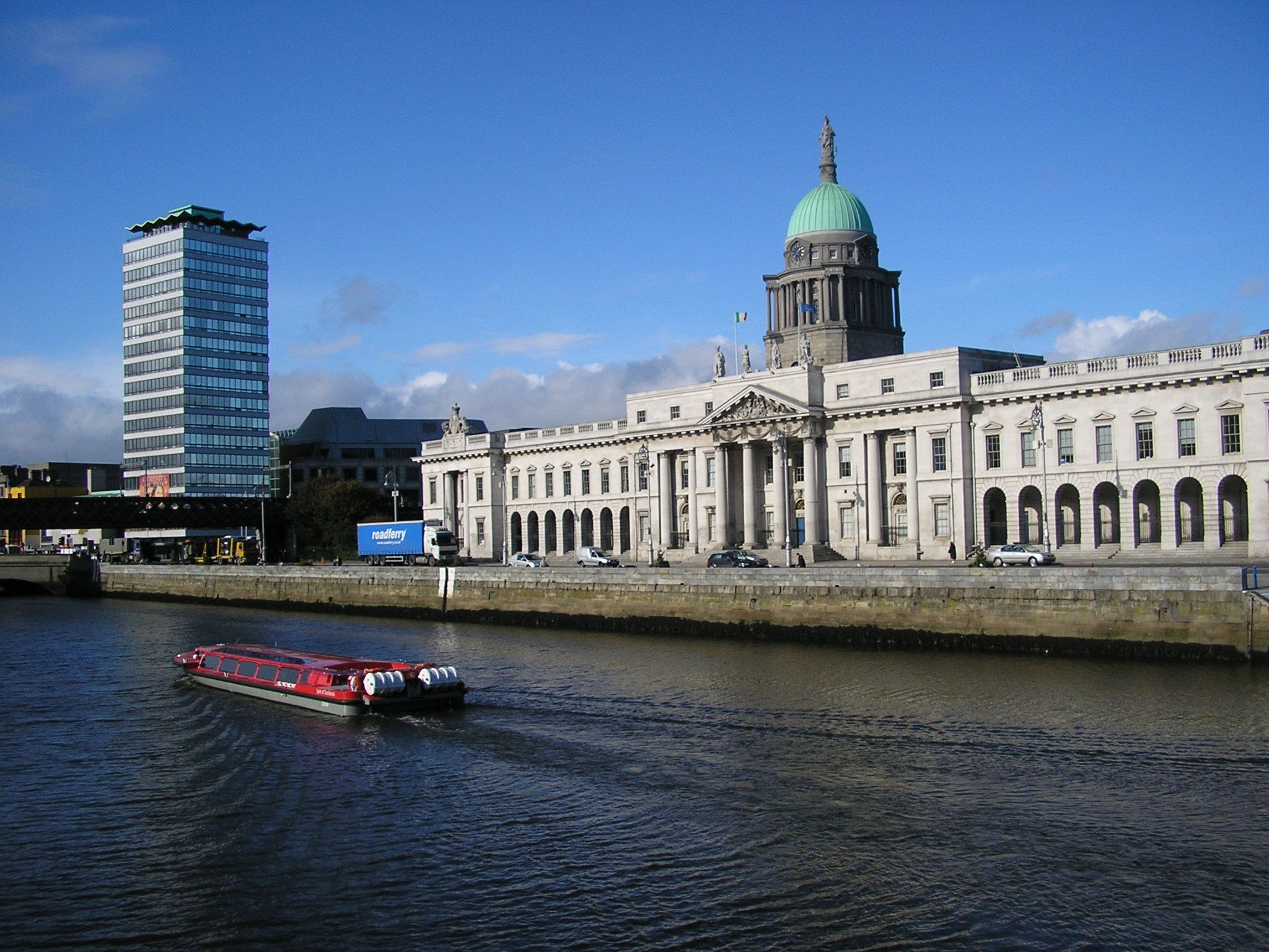 A sightseeing cruise with the Liffey Voyage passing by