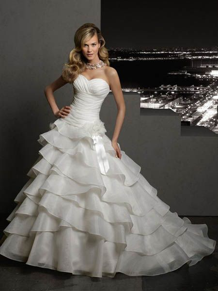 Wedding Dresses Nyc  Wedding Dresses  Wedding Ideas And Inspirations. Off The Rack Wedding Dresses Nyc. Home Design Ideas