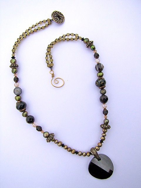 Beads Baubles and Loose Jewels | Beads Baubles and Jewels. Great button clasp. | Jewelry tutorials