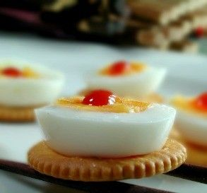 Egg-on-a-Ritz