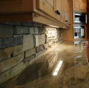 Kitchen Backsplash Rock veneerstone used on a kitchen back splash | nh stoneworks