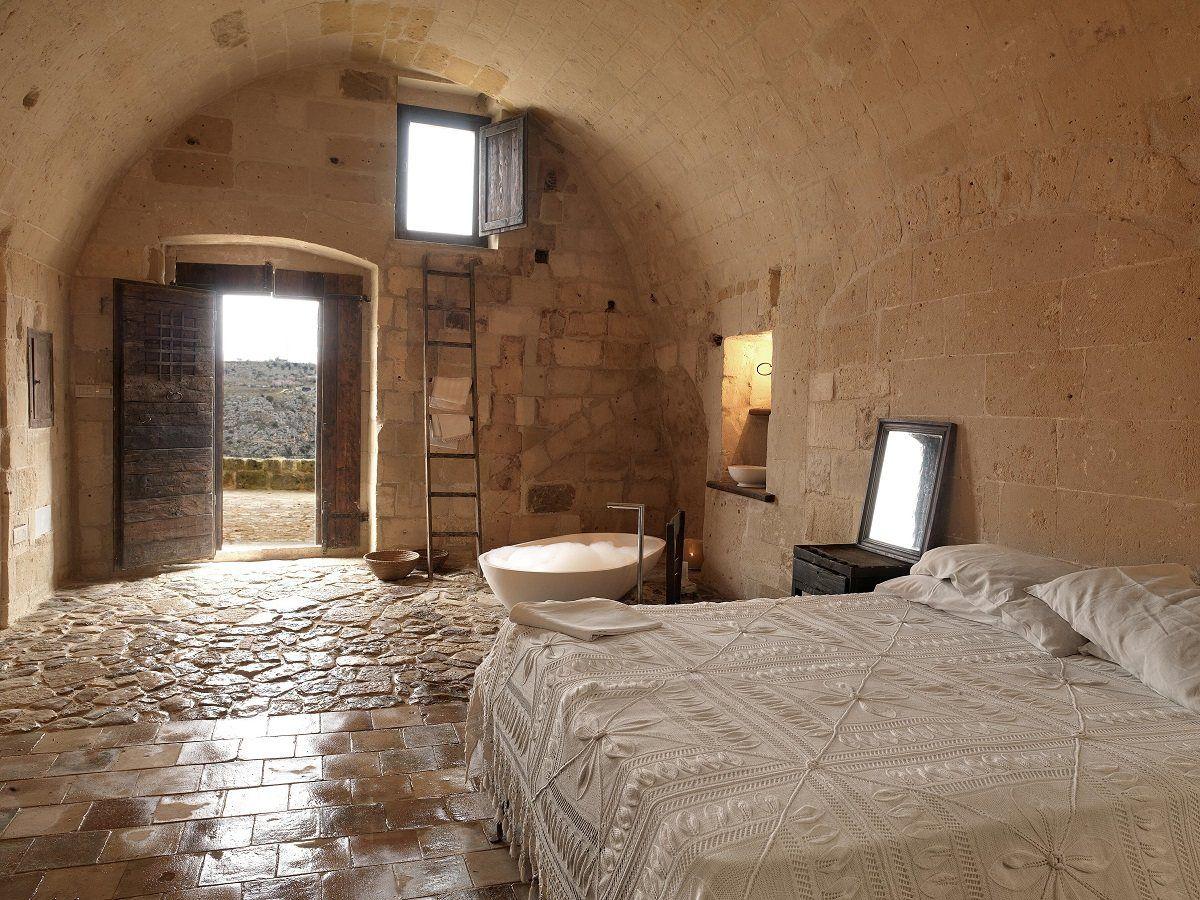 Sextantio Le Grotte della Civita Nestled in the...