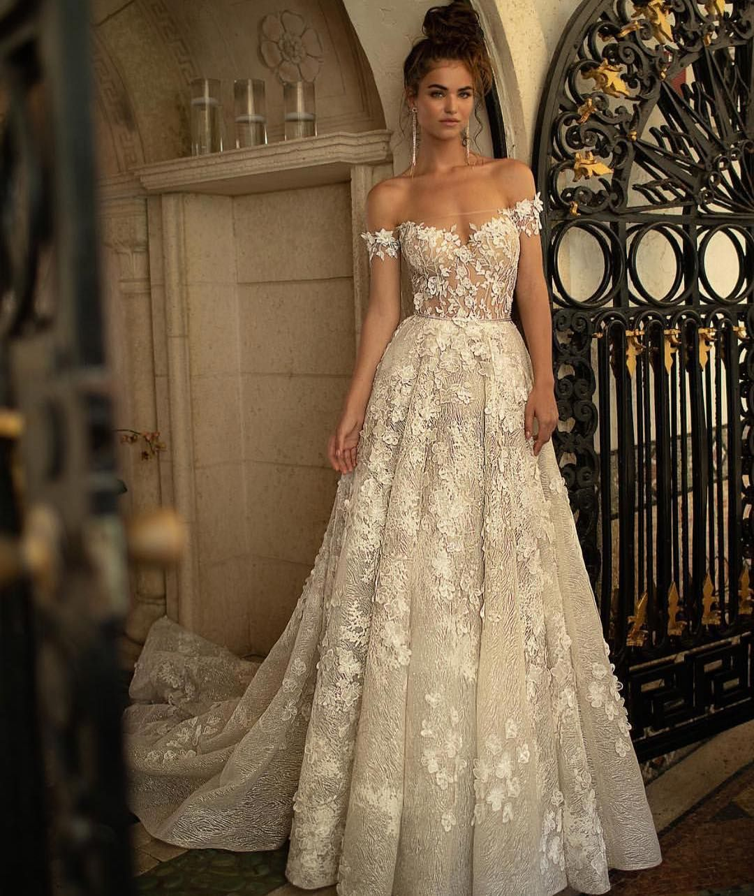 Pin by aysun keskin on KELEBEK  Pinterest  Wedding dresses