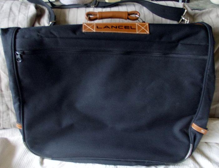9af456f33b2d Maison de ventes aux enchères en ligne Catawiki  Lancel - Sac de Voyage    housse de vêtements valise
