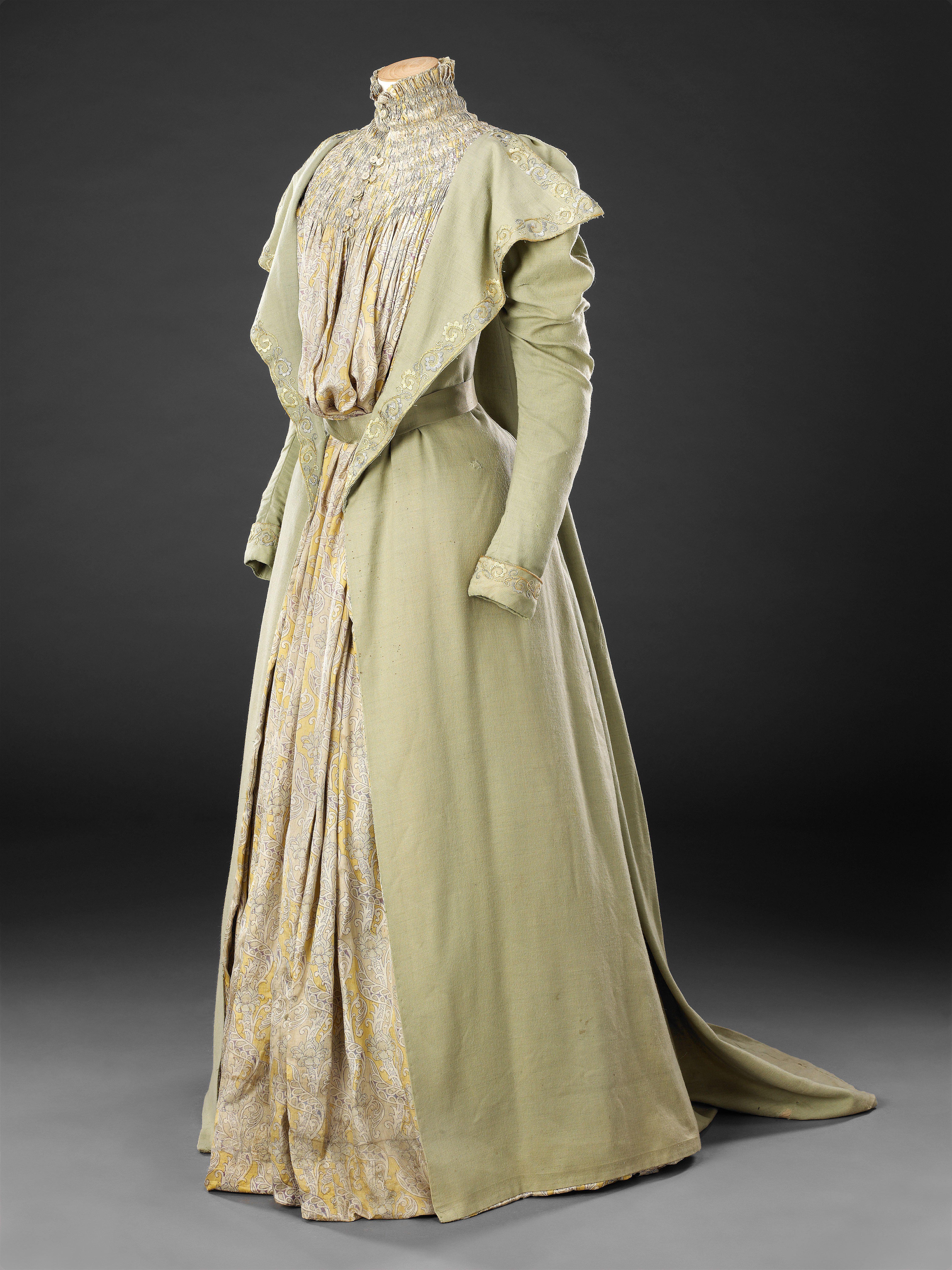 Tea Gown, late 1890s | Victorian Dressing & Tea Gowns | Pinterest ...
