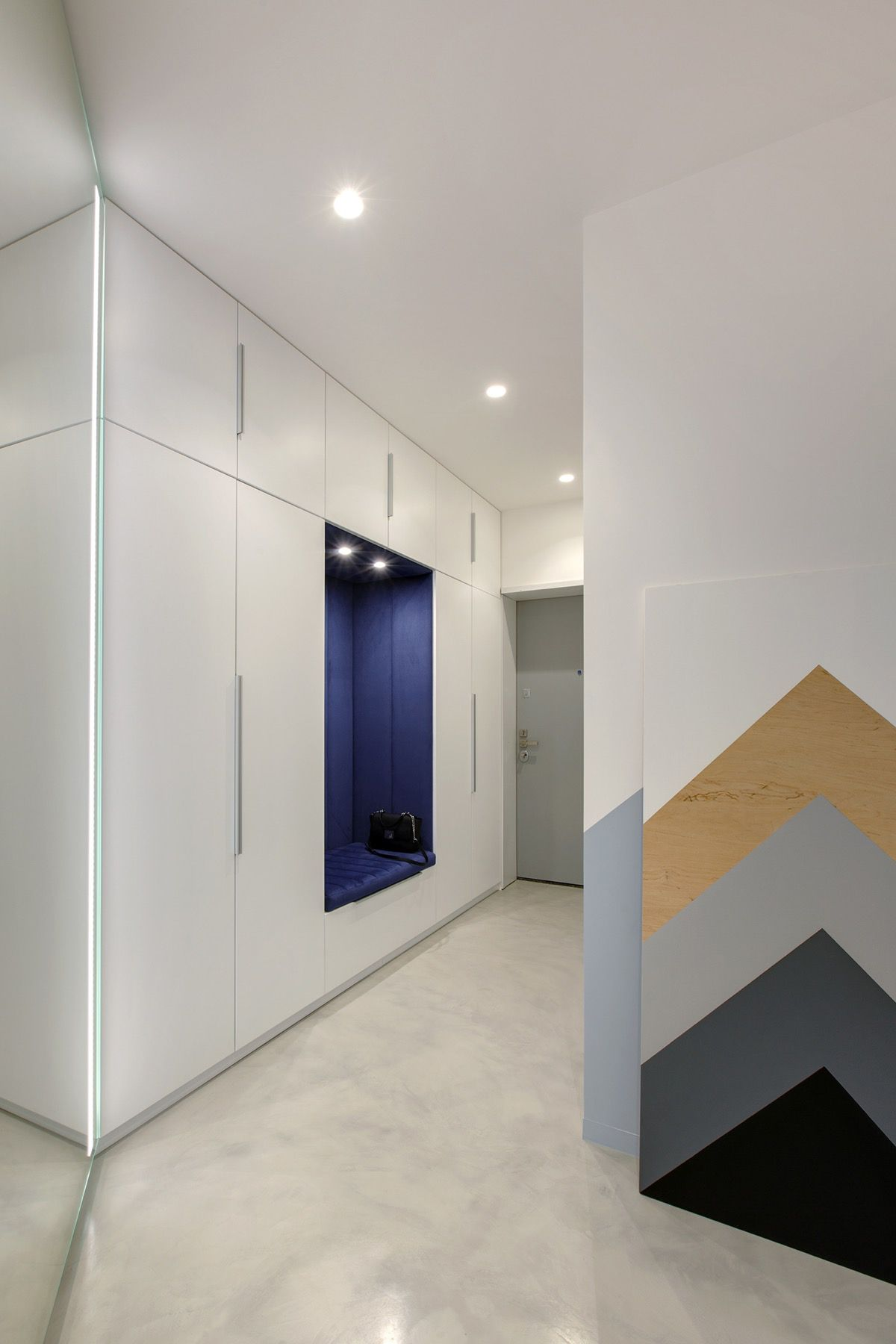Overcoming A Dark Apartment With Ingenious Lighting Schemes With
