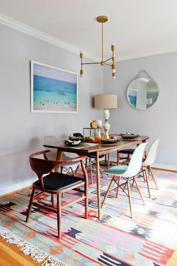 1-salle-à-manger-contemporaine-avec-chaises-contemporaines-salle
