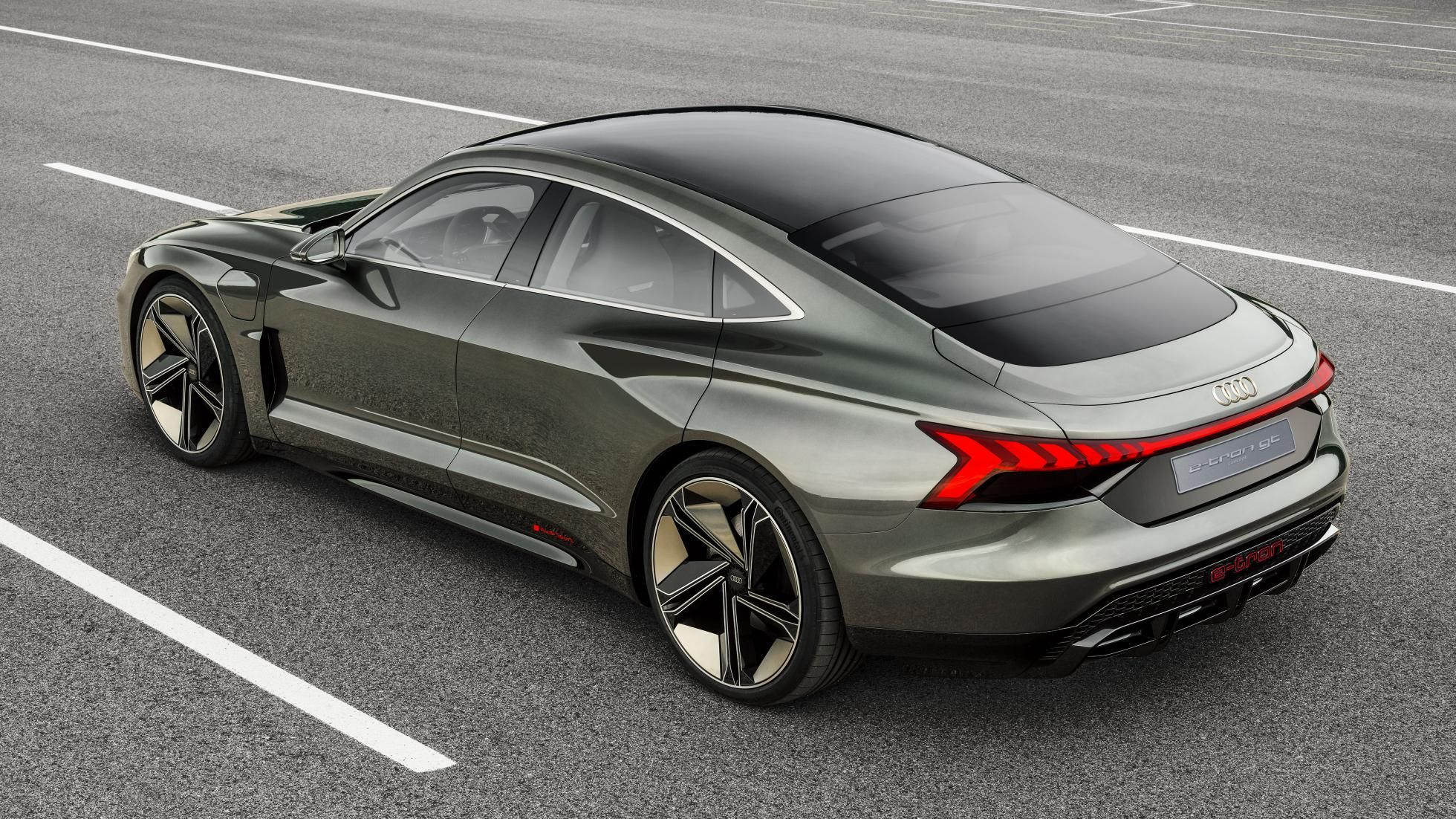 This Is Audi S New 590bhp E Tron Gt Concept Electric Sports Car Audi Audi Cars
