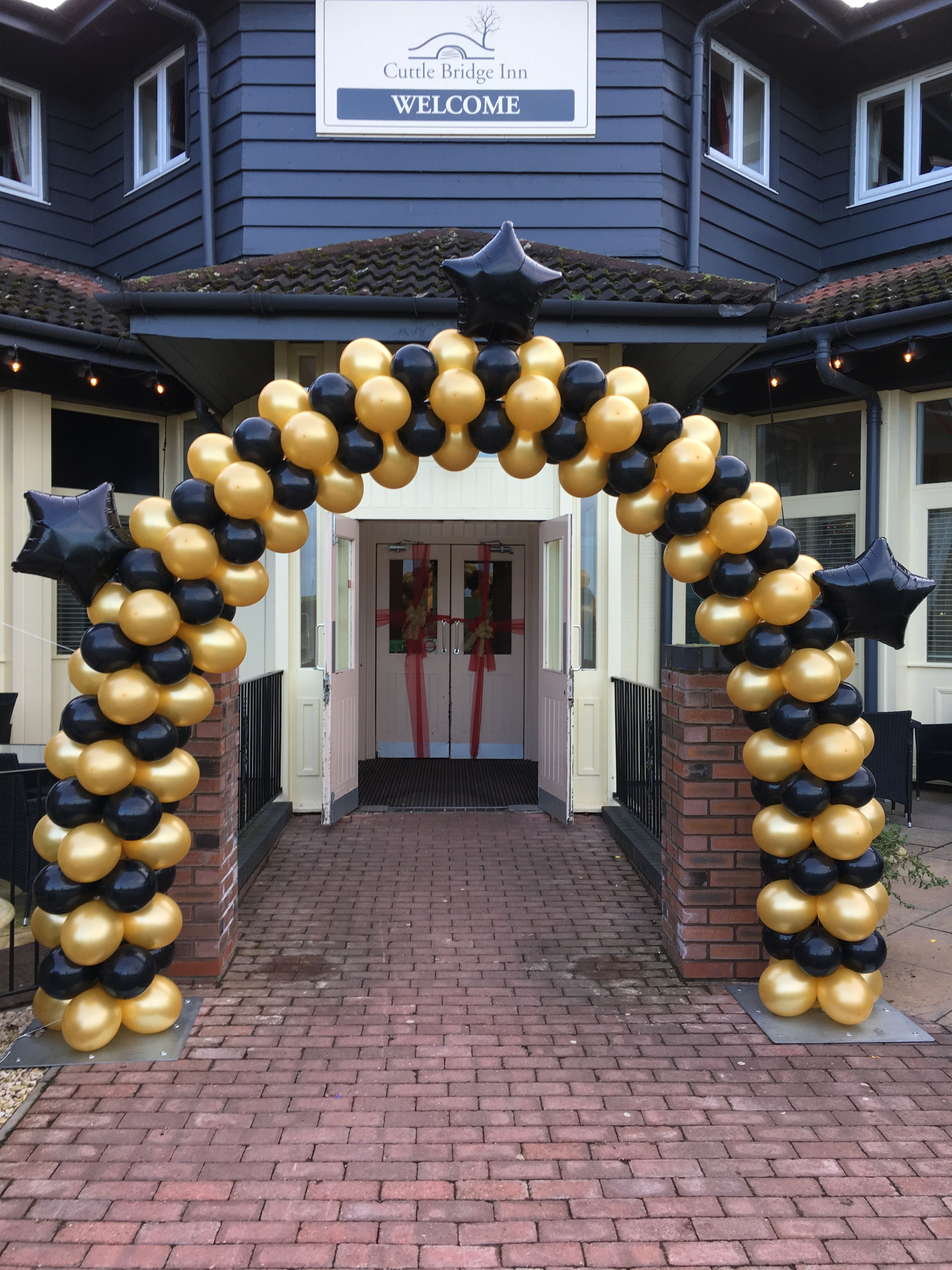 Outdoor Square Pack Black Gold For New Years Eve Balloon Arch