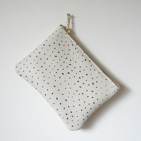 Dots Pouch Wallet Med