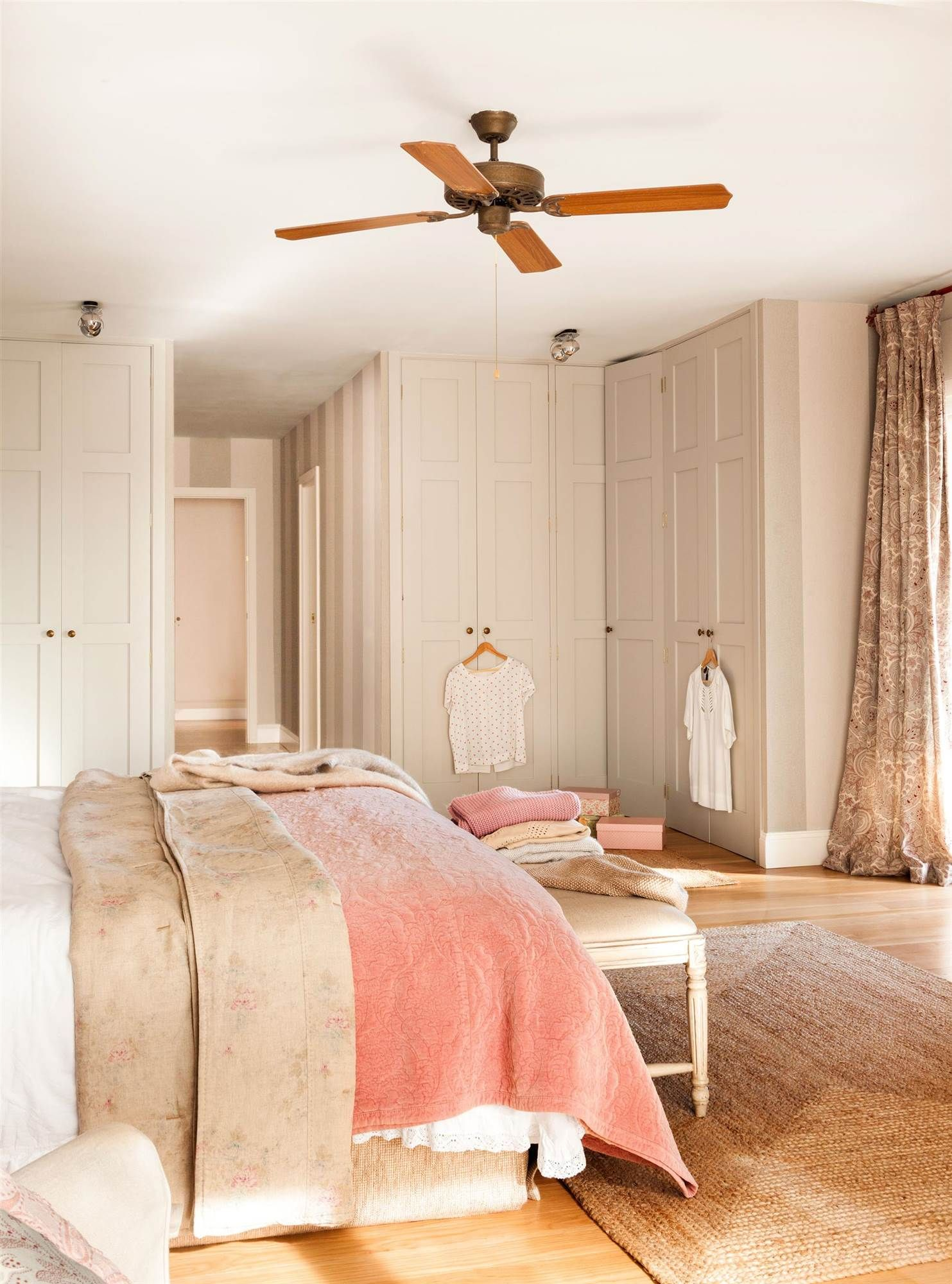 En esquina en 2019 dormitori armarios armario esquina y dormitorios - Armarios empotrados en esquina ...