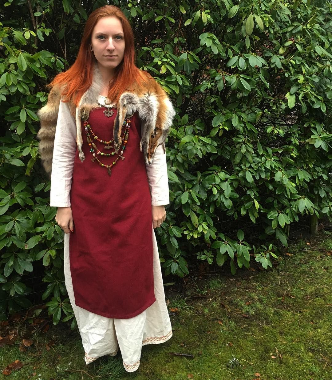 Marjolein Hoekendijk In Her Viking Burgschneider Outfit Outfits Women Viking Women