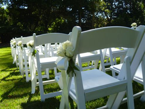 Simple Aisle Flowers For Ceremony
