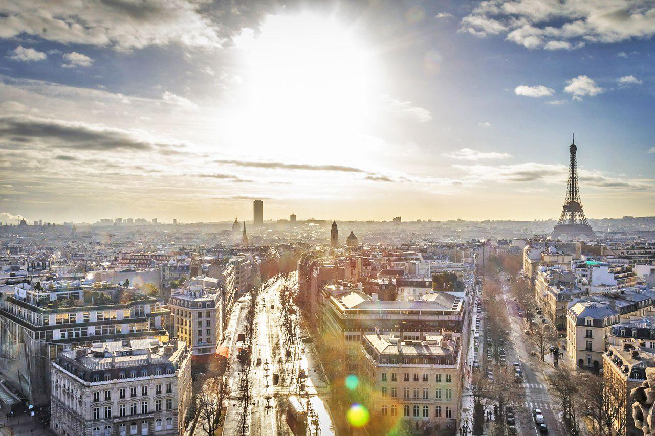 Alle Models sind natürlich oft und gerne in Paris unterwegs. Models kennen die besten Plätze in Paris. Hier nun meine Hotspots in Paris: Cafe Lomi. Eines der besten Caffeeshops in Paris. Hier serviert man sehr guten Kaffe, hausgemachtes Gebäck und Brunch abseits vom Touristenrummel.