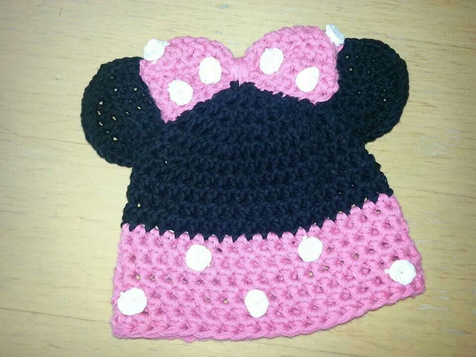 Mickey Maus Mütze häkeln   eigene Werke   Pinterest   Mickey maus ...