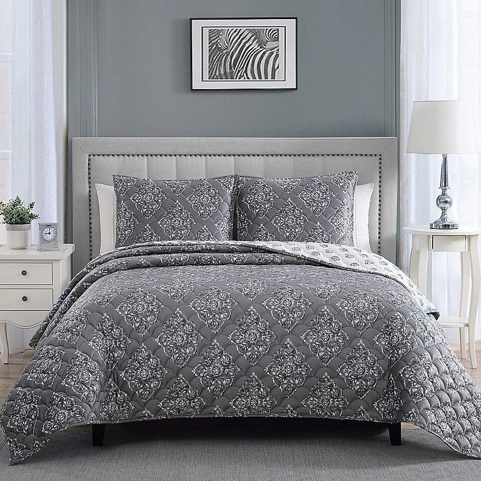 Therapedic 14 Lb Weighted 3 Piece Reversible King Quilt Set In Grey In 2020 Quilt Sets King Quilt Sets King Pillows