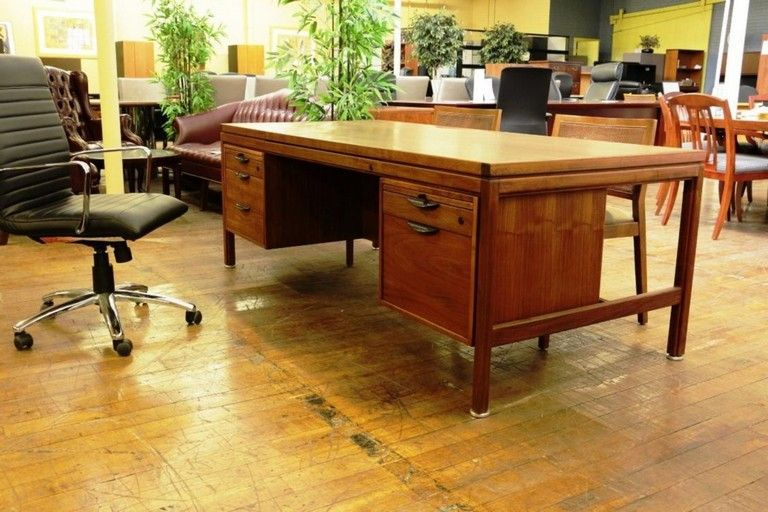 40 The Best Mid Century Home Style With Vintage Furniture Vintagefurniture Office Furniture Modern Mid Century Modern Office Desk Mid Century Modern Office