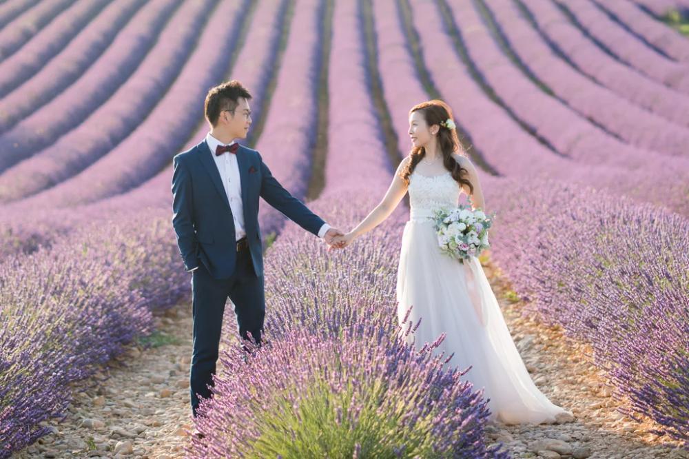 Engagement Shoot in Lavender Fields of Provence, France | POPSUGAR Love & Sex