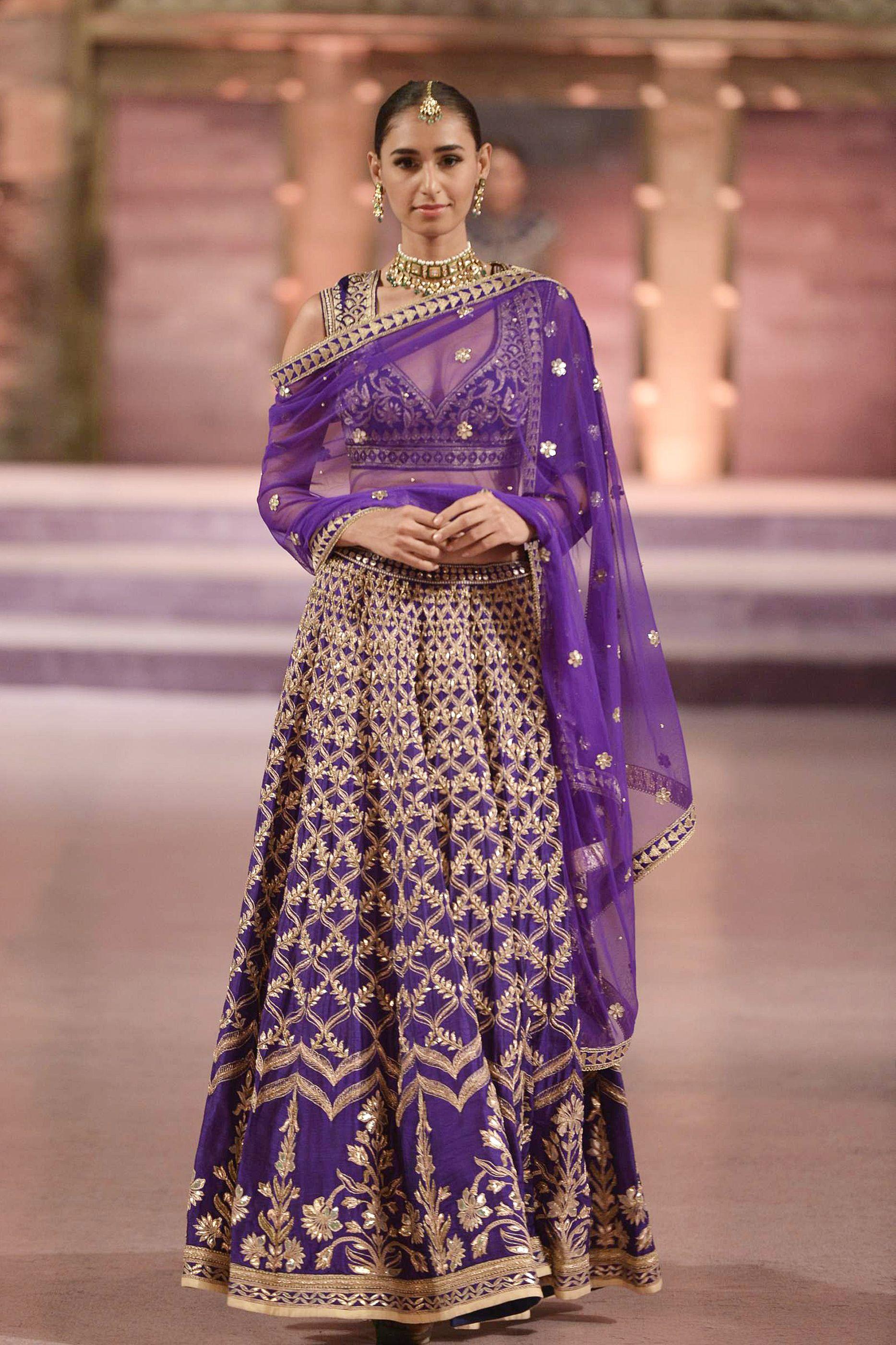 Anita Dongre #MakeInIndia #MakeInMaharashtra #Banaras   Anarkali ...