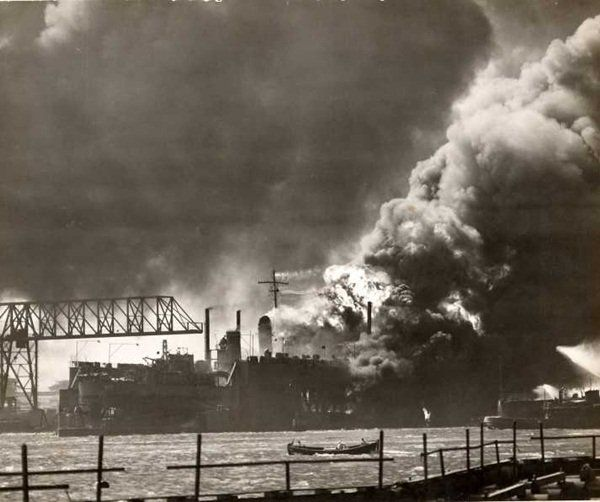 Pearl Harbor 1941/12/07