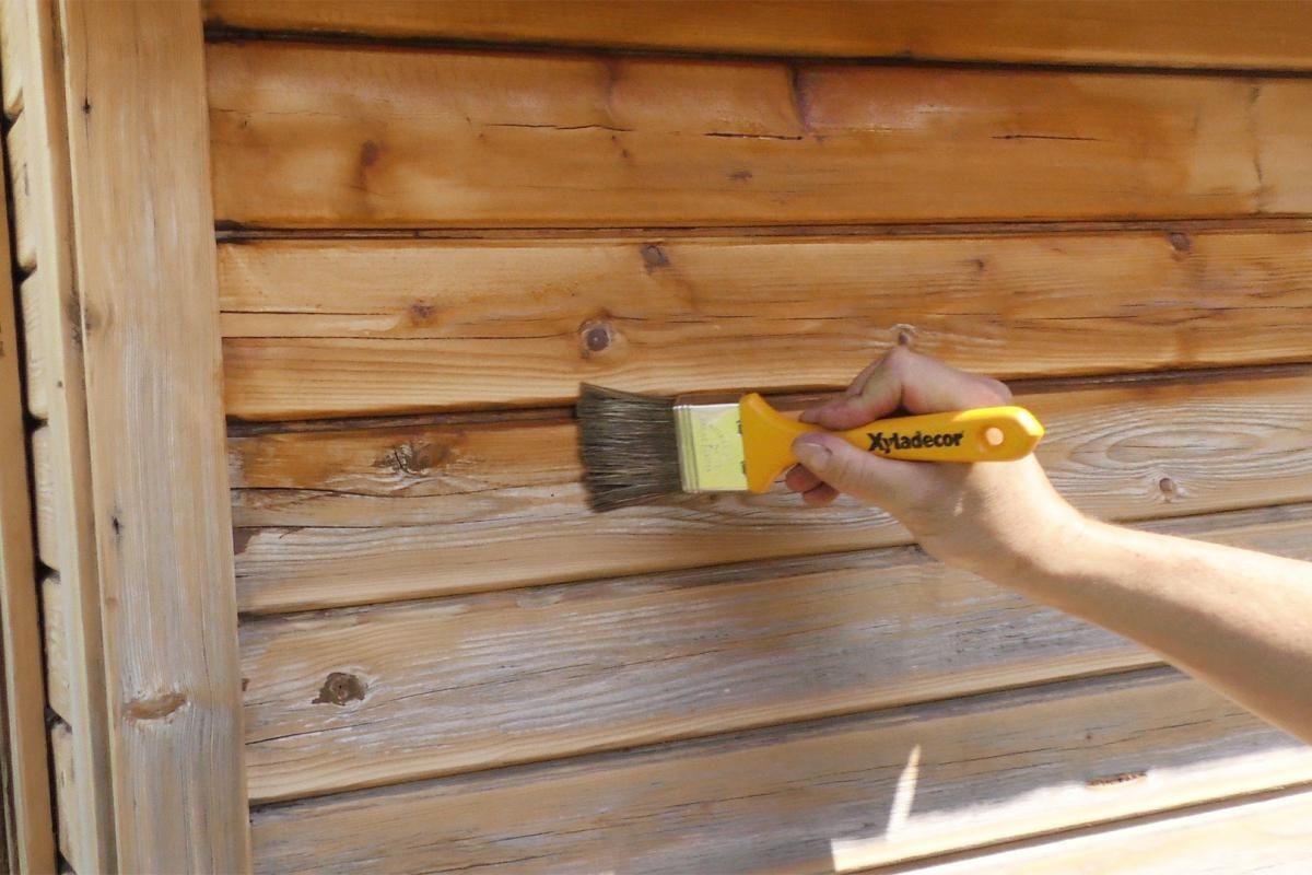 Gartenhaus neu streichen Grundieren und Lasieren
