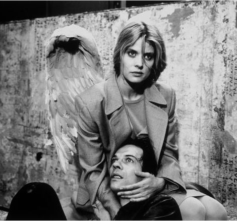 Nastassja Kinski In Faraway So Close A 1993 German Film By Wim Wenders She Plays The Angel Raphaela Faraway So Close Movie Art Film