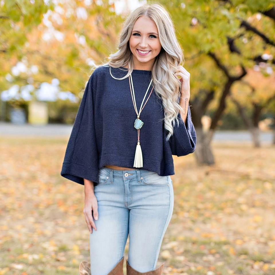 40 Ideas On How To Style Cropped Sweater For Winter | Fall fashion ...