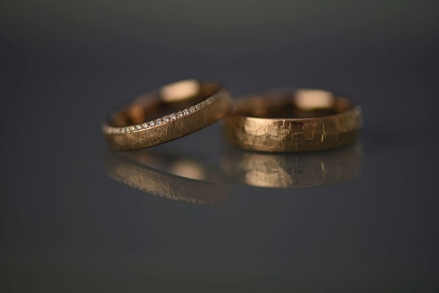 Nachhaltige Eheringe: Darauf solltet ihr achten