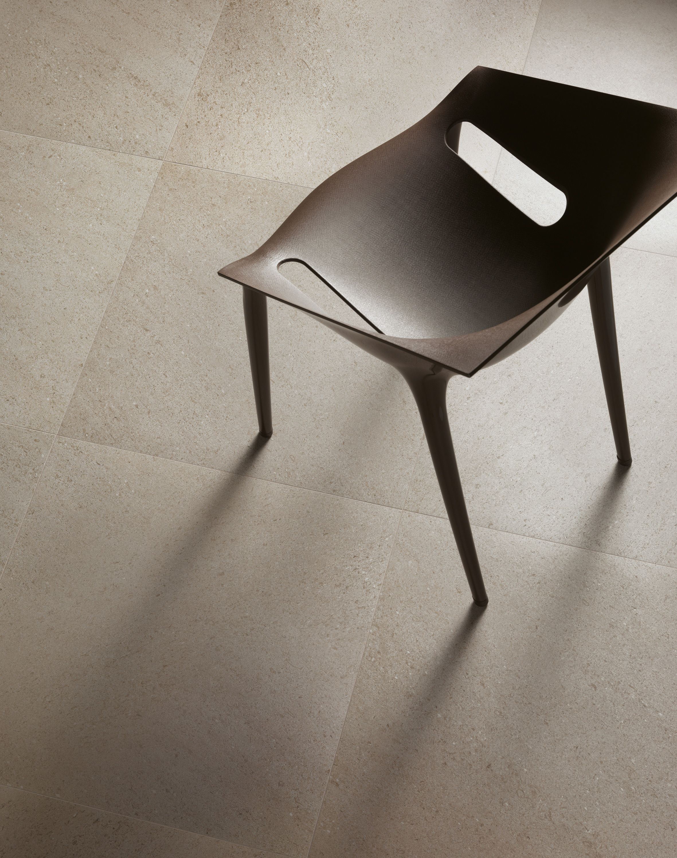 The elegant appeal of lipica stone finds its expression in Space by Caesar (Booth L11016), the best ceramic style interpreting minimalist charm #Coverings2014