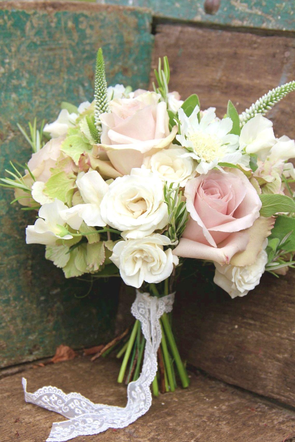 The Best Wedding Flower Arrangement Ideas Flower Bouquet Wedding Vintage Wedding Flowers Neutral Wedding Flowers