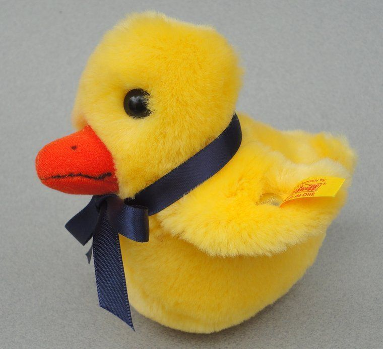 Cute #Steiff Germany Tucky #Duckling Baby Duck Yellow Plush 13 cm ID button tag 2000 -02