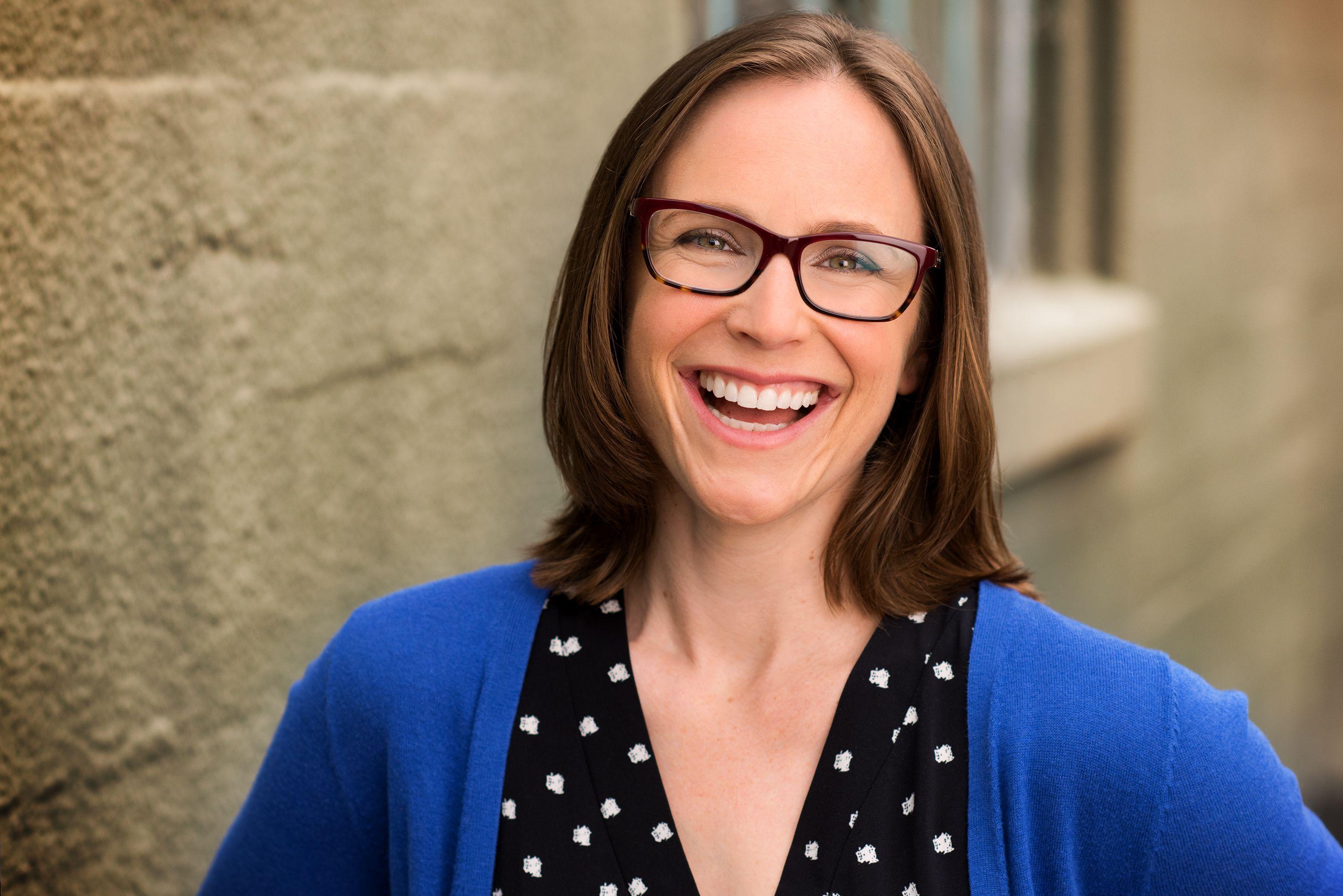 Hannah Dworkin, a Bay Area local director's new corporate headshot