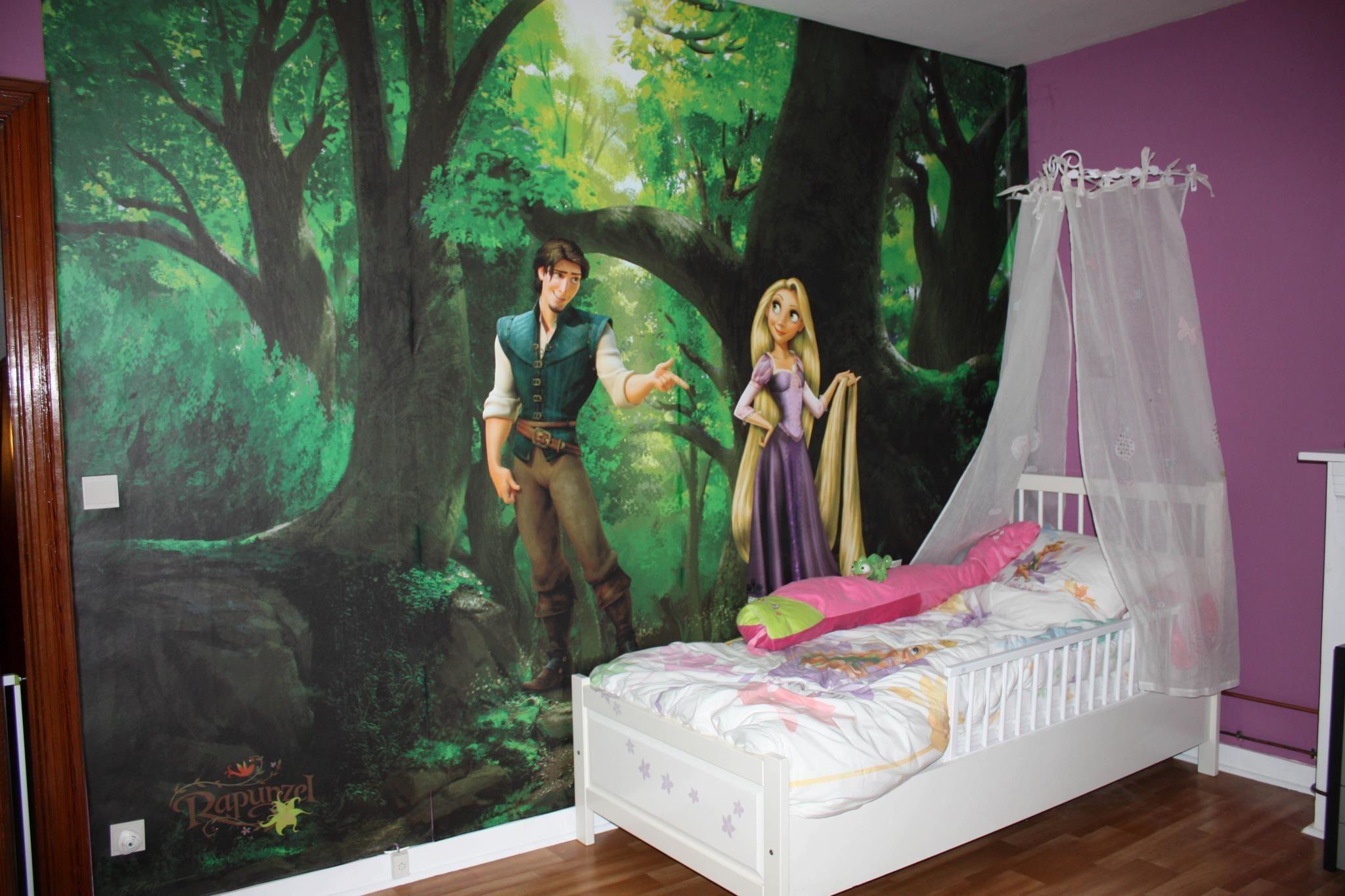 Chambre r alis e avec une fresque princess disney raiponce - Peinture princesse disney ...