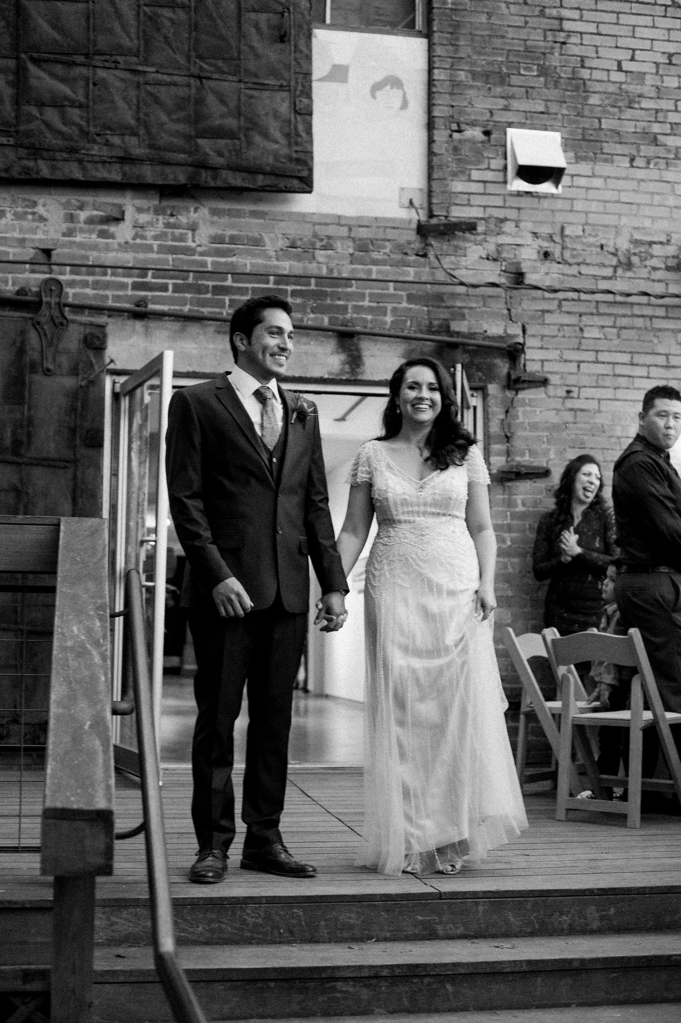 outdoor wedding venues in fort worth tx%0A Fort Worth wedding venue   Artspace      photo by  Jenny McCann   artspace     fortworthwedding