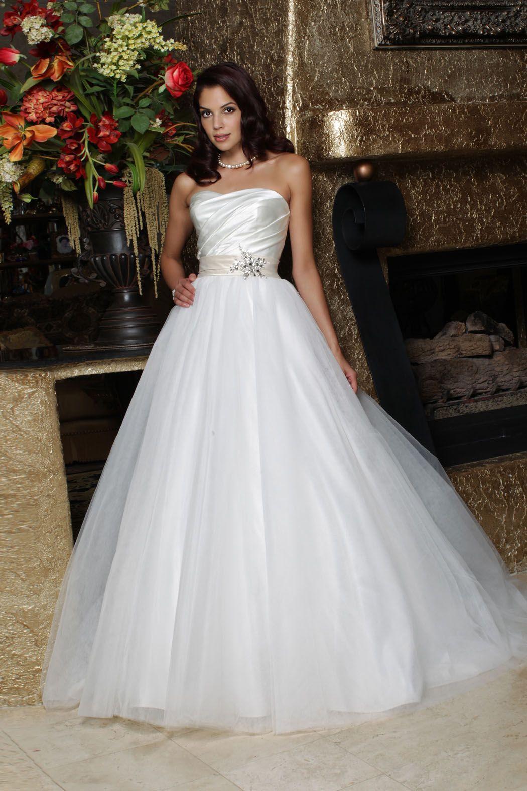 Da Vinci 2013 Wedding Gown. Available in Diamond White/Champagne, Diamond White/Diamond White, White/Champagne and White/White. #tulle #ballgown #satin #beaded #50163