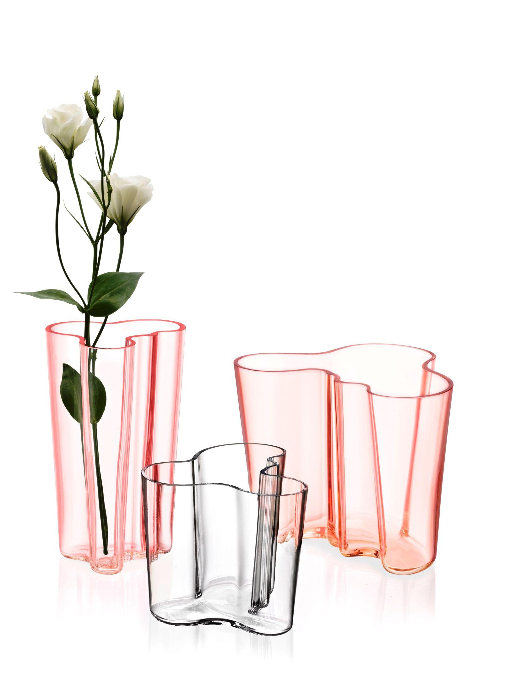 iittala - Aalto vase www.blossom.be www.facebook.com/blossomwavre
