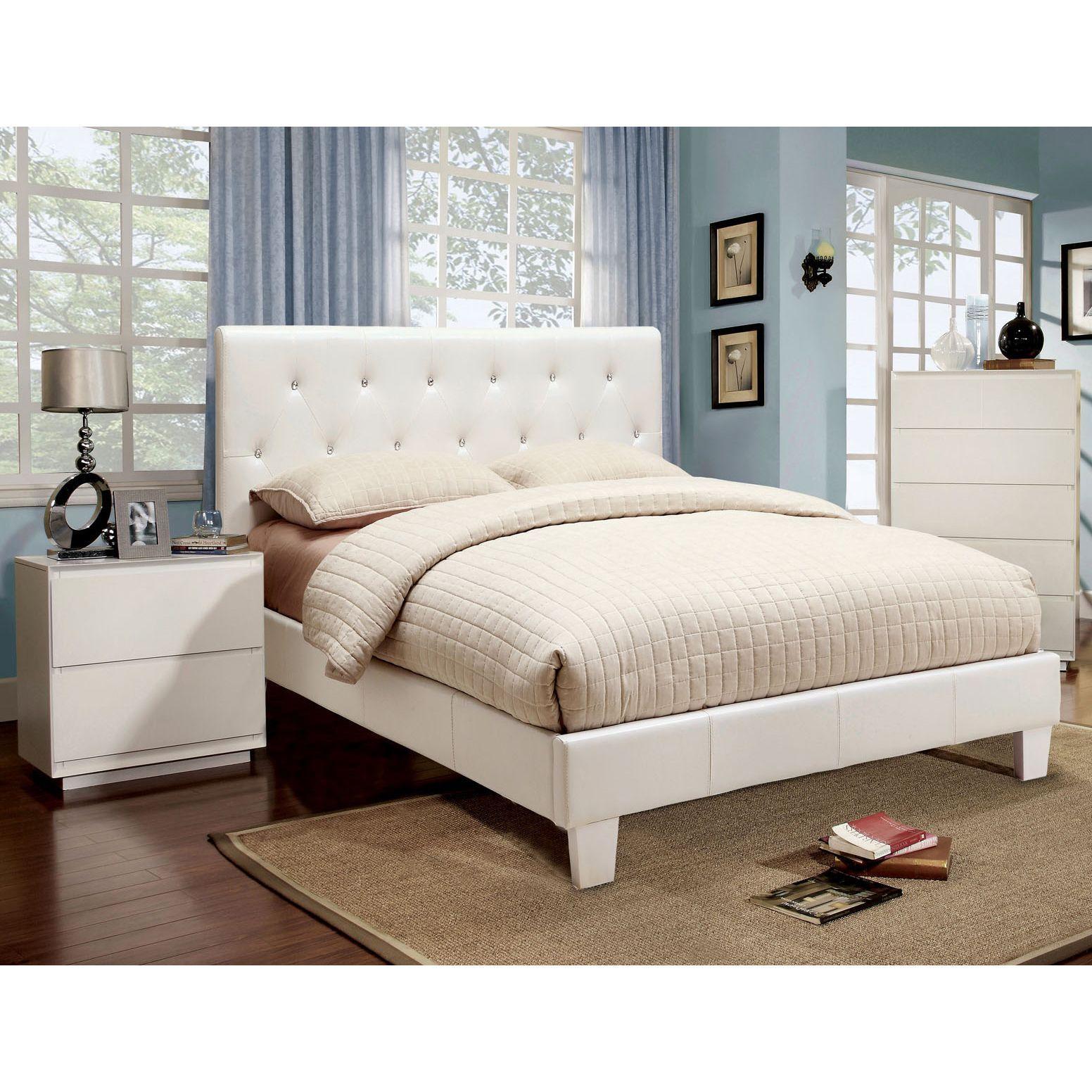 Furniture of America Mircella Tufted Leatherette Fullsize