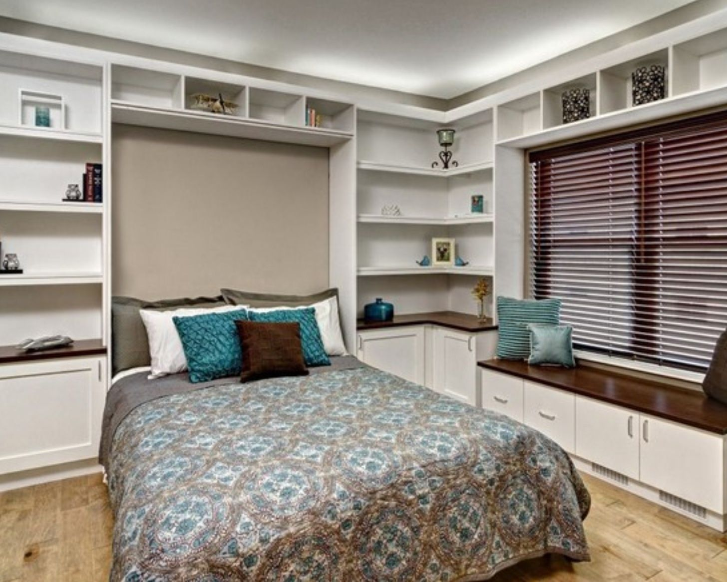 Office Spare Bedroom Murphy Bed Desk Combo From Houzzcom Somebody Should Make Me Do