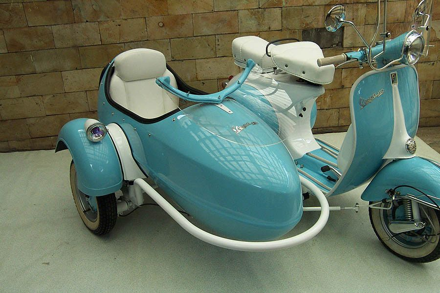 yet another classic scooter with side car scooters pinterest classic girls and cars. Black Bedroom Furniture Sets. Home Design Ideas
