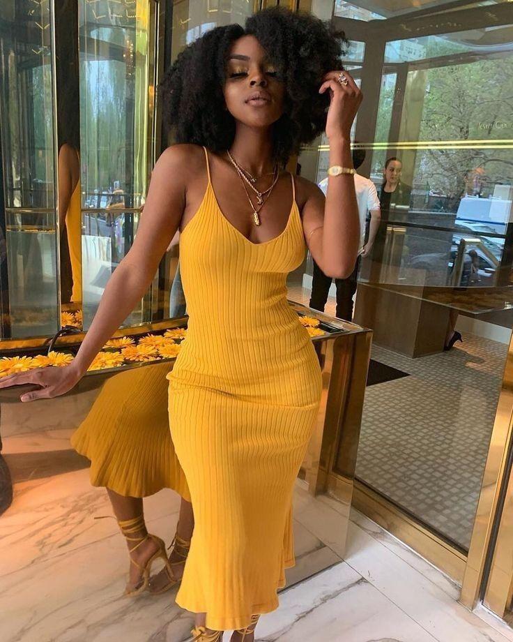 Looks com roupas amarelas: dicas para combinações