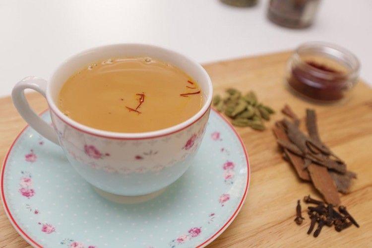شاي الكرك على الطريقة الأصلية بالفيديو مطبخ سيدتي Recipe Tea Tableware Tea Cups