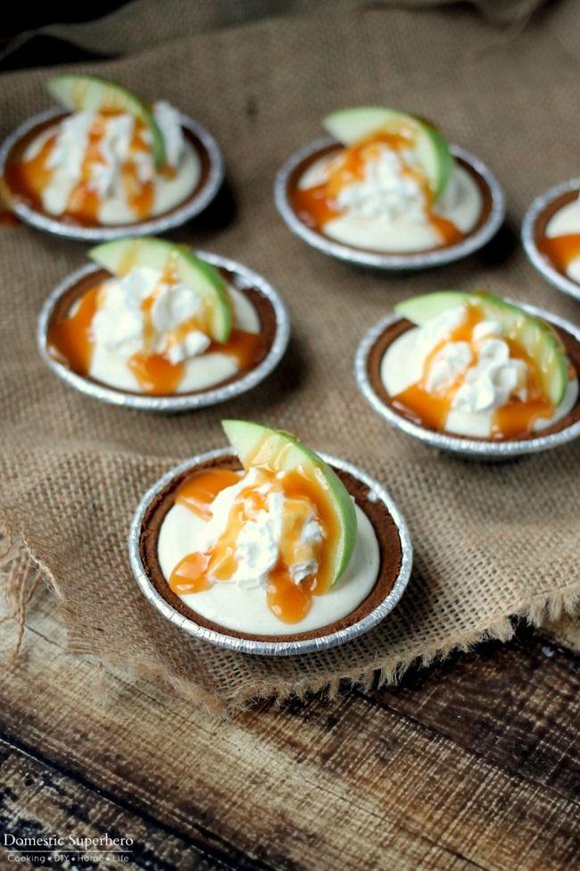 No Bake Mini Caramel Apple Pie Cheesecakes - The perfect fall treat!