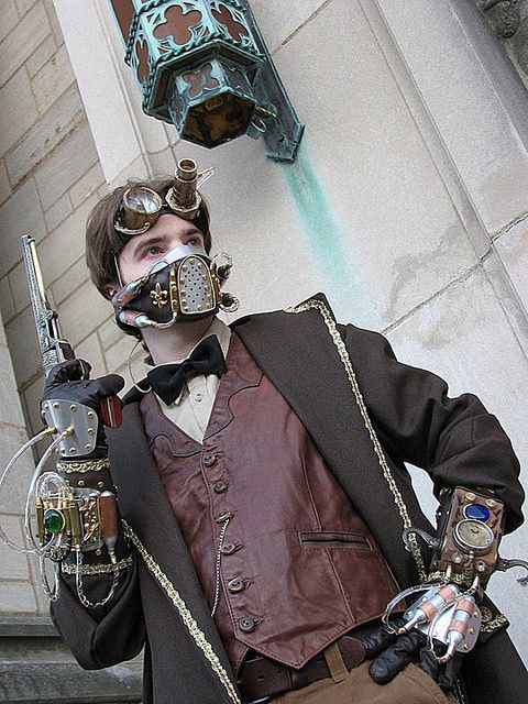Steampunk. Not a fan of the postapocalyptic breathing mask but the rest of the costume rocks.