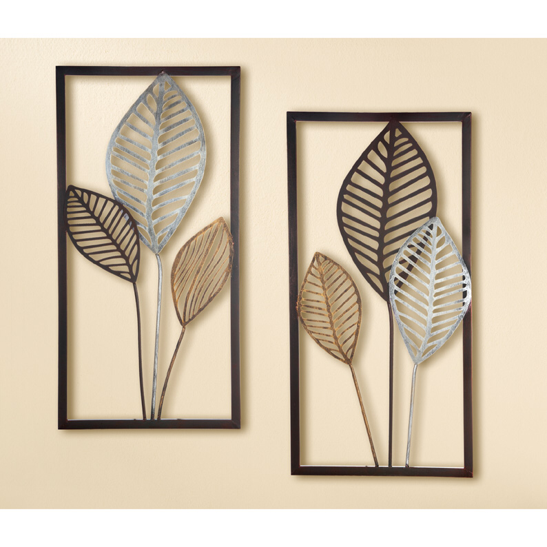 Eye Catching Modern Wall Art Crafted From Metal With A Winter Leaf Theme Ideal For Your Home Or Work Space Thi Metal Wall Art Wall Art Decor Wall Art Crafts