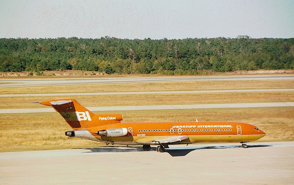 Pin by Brian Ezechiels on braniff in 2020 Boeing 727