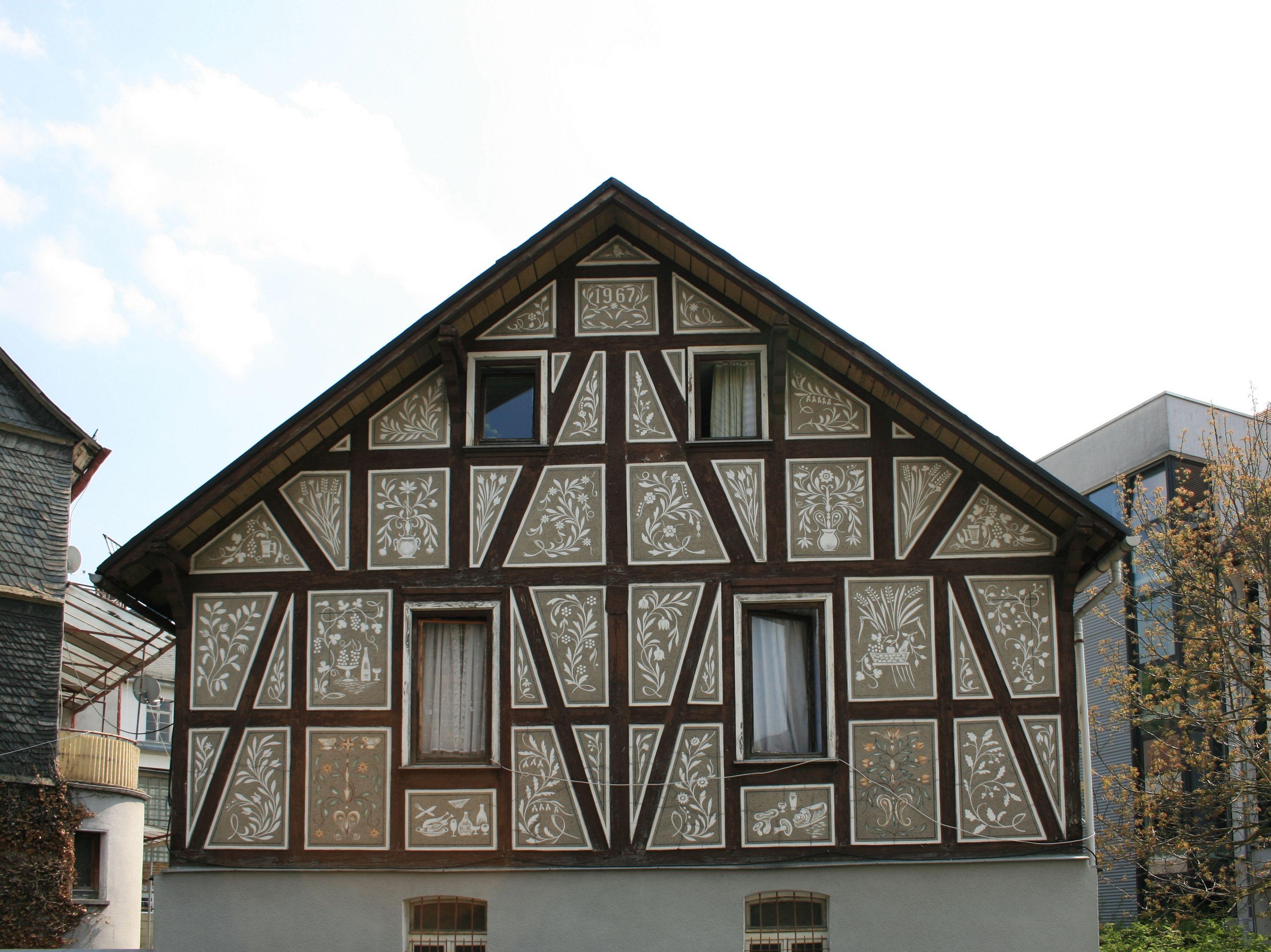 тона фото фронтон немецких домов церковь чернигове была