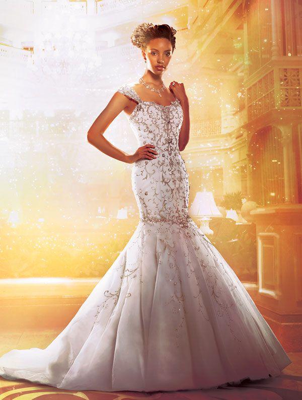 Princess Tiana S Disney Wedding Gown Illusion Neckline Wedding Dress Princess Wedding Dresses Used Wedding Dresses