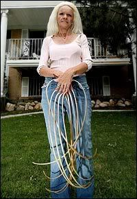 Longest Nails In The World Lee Is From Utah Really Long Nails Long Fingernails Long Toenails